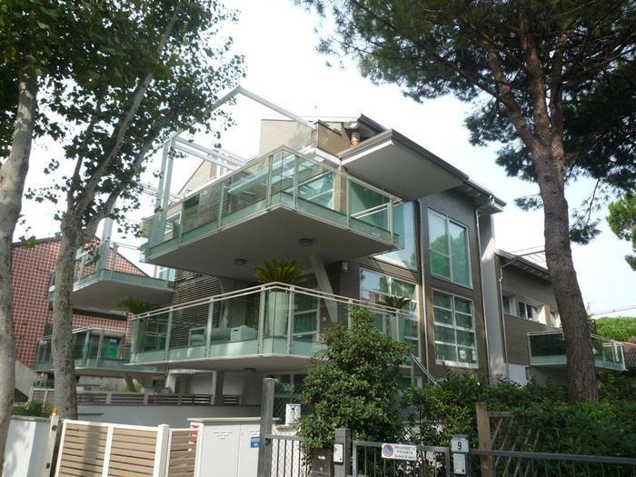 Vendita appartamenti esclusivi di lusso best luxury re for Appartamenti prestigiosi milano